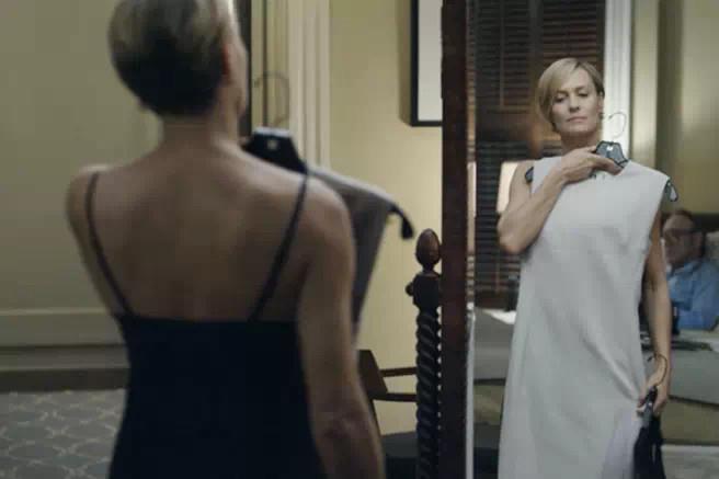 纸牌屋 | 为什么长的这么像男人,我却觉得她如此性感? - toni雌和尚 - toni 雌和尚的时尚经