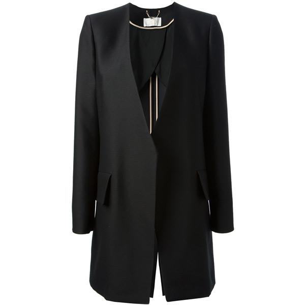 【风格示范】细节点亮冬日全黑装束 - VOGUE时尚网 - VOGUE时尚网