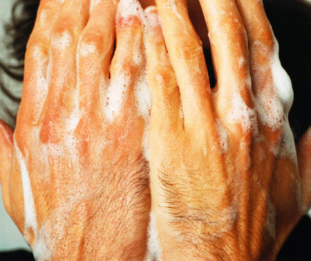 冬季呵护双手讲究深层滋润 - GQ智族 - GQ男性网官方博客