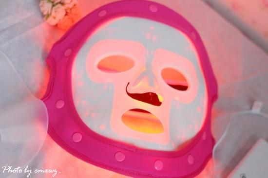 新改革新体验--3D绮肌LED红黄光面膜 - 草莓小玩子 -
