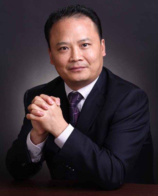 中国 刘汉元/他积极倡导民企上市,推动粤东民企借助资本市场的发展。...