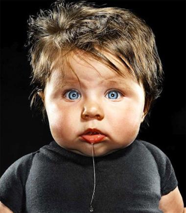 宝宝流口水不是因为好吃而是因为卖萌,但护理宝宝的