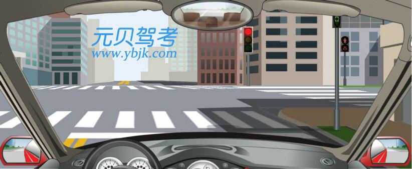 駕駛機動車在這種信號燈亮的路口,可以右轉彎。答案是對