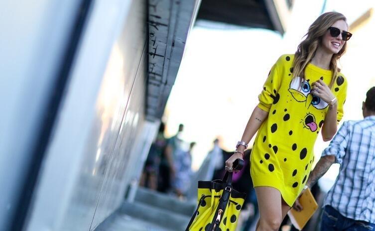 针织裙刷爆存在感 可儿边秀美腿边飚衣品 - 嘉人marieclaire - 嘉人中文网 官方博客