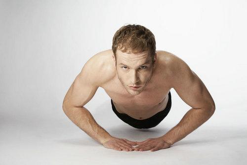 收紧小腹和腿部的塑身指导 - GQ智族 - GQ男性网官方博客