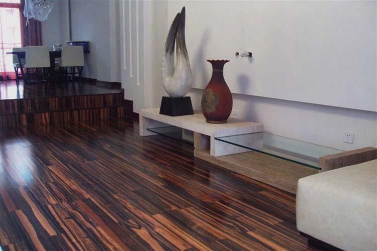 """地板进入""""数量型""""市场,喜忧参半 - 国林地板 - 国林木业的博客"""