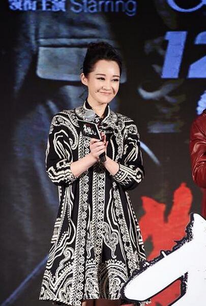 杨幂昆凌领衔辣妈着装PK 今秋谁穿的更少女 - 嘉人marieclaire - 嘉人中文网 官方博客