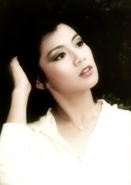 港姐出身的美丽女星们 李嘉欣最美 - 悦己女性网 - SELF悦己网
