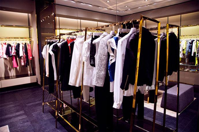 【雌和尚时尚手记】pinko的设计师真是各门各派-平分春色 - toni雌和尚 - toni 雌和尚的时尚经