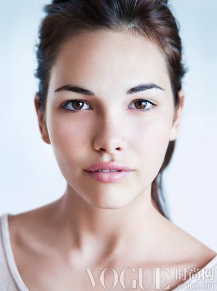 10个方法修复疲劳肌 - VOGUE时尚网 - VOGUE时尚网