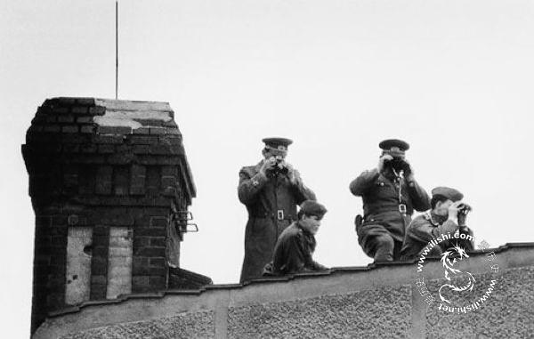 柏林墙就是这样建起来的 - 爱历史 - 爱历史---老照片的故事