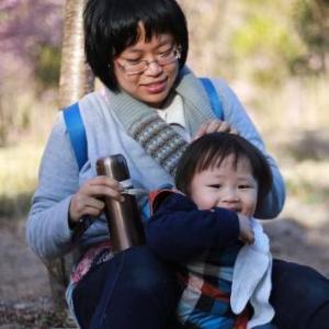 孩子緊張害怕的時候,正是提高他們情商的好時機