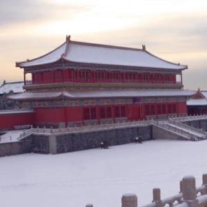 清朝首位出身辛者库的妃子,生下最优秀的儿子,却被雍正幽禁致死