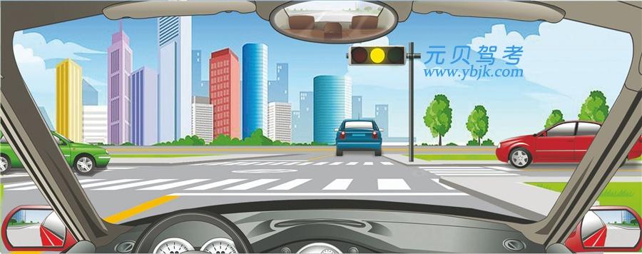 駕駛機動車在路口看到這種信號燈亮時,要加速通過。答案是錯