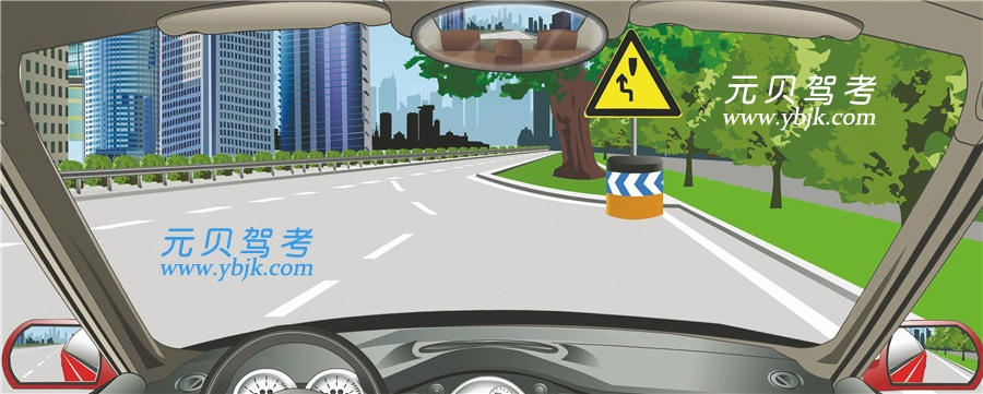 图中标志提醒障碍物在路中,车辆从右侧绕行。答案是错